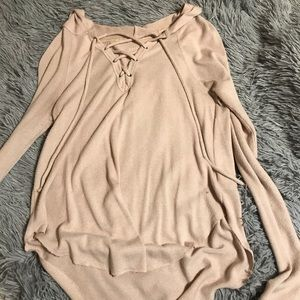 American Eagle soft and plushy lace up hoodie